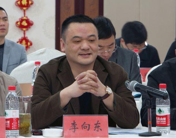 徐州市浙江商会秘书长李向东发言